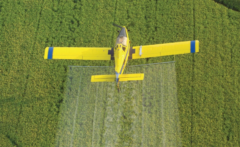 AT 502 top view spraying rice