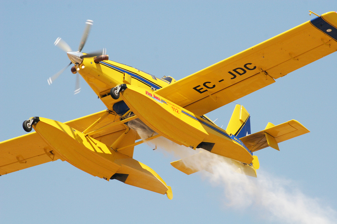 Avión Anfibio Air Tractor AT-802 Fire Boss