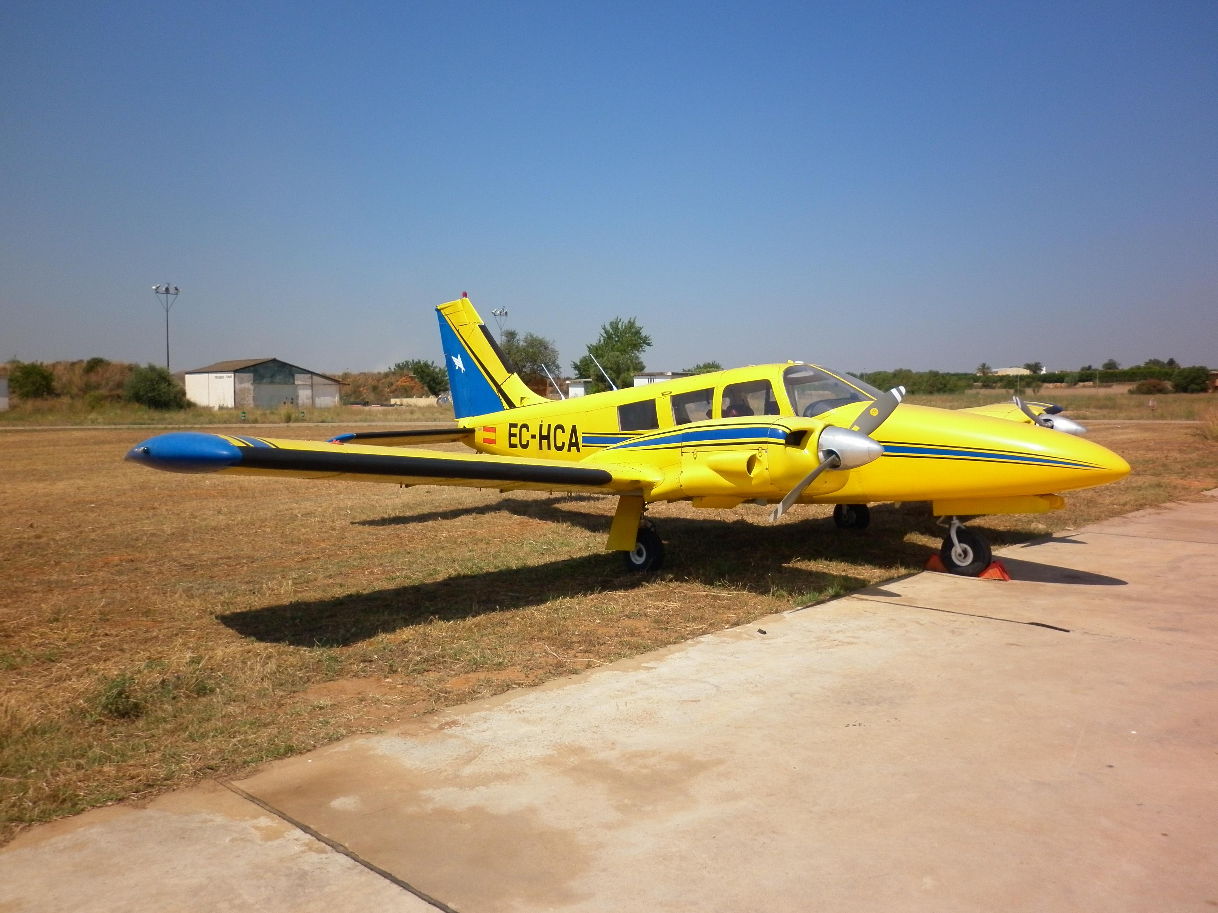 Aeronave PIPER PA-34