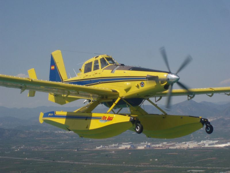 Air Tractor 802 Fire Boss Bicabina